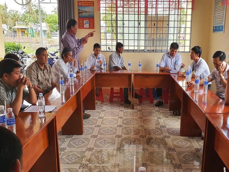 Cà Mau: Dân kêu trời vì xây cầu cản trở ghe gạo lúa - ảnh 2
